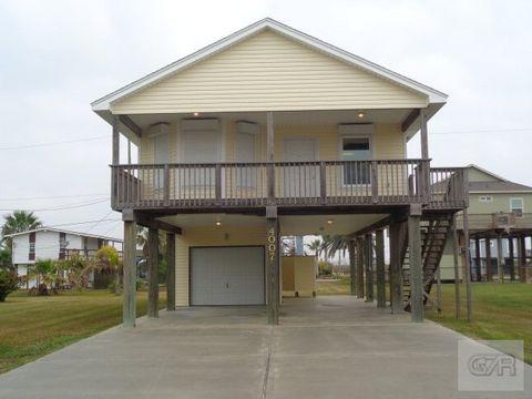 4007 Reeves Dr, Galveston, TX 77554