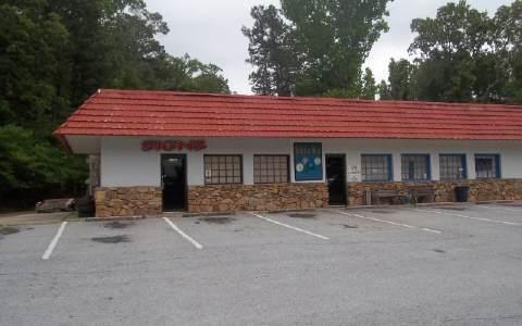 1732 N Historic Highway 441, Clarkesville, GA 30523