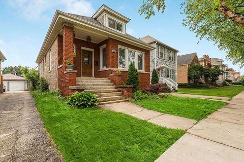 Photo of 4860 W Eddy St, Chicago, IL 60641