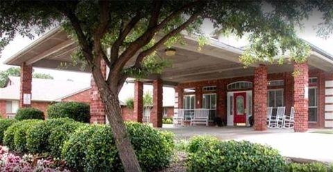 Photo of 2525 Lillian Miller Pkwy Unit Studio, Denton, TX 76210