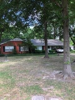 Photo of 1414 Rose Cir, Clarksdale, MS 38614