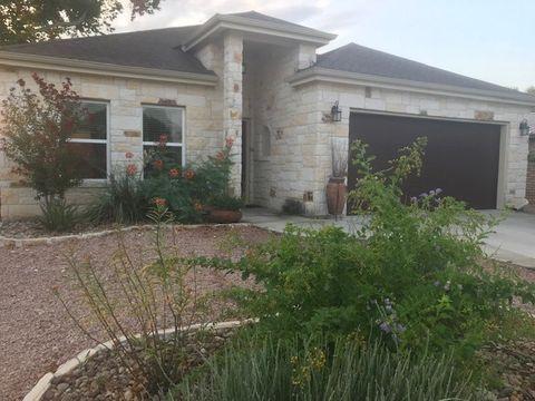Photo of 113 Firestone Pl, Meadowlakes, TX 78654