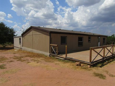 Photo of 2590 County Road 105, Castell, TX 78643