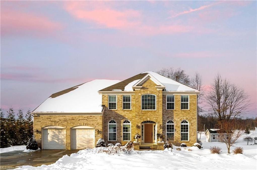 37142 Halsted Ln Avon, OH 44011