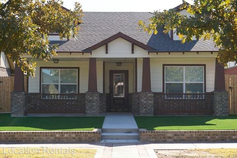 Photo of 2117 9th St, Lubbock, TX 79401