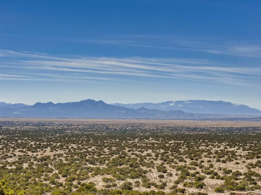 77 Coyote Xing Santa Fe, NM 87508