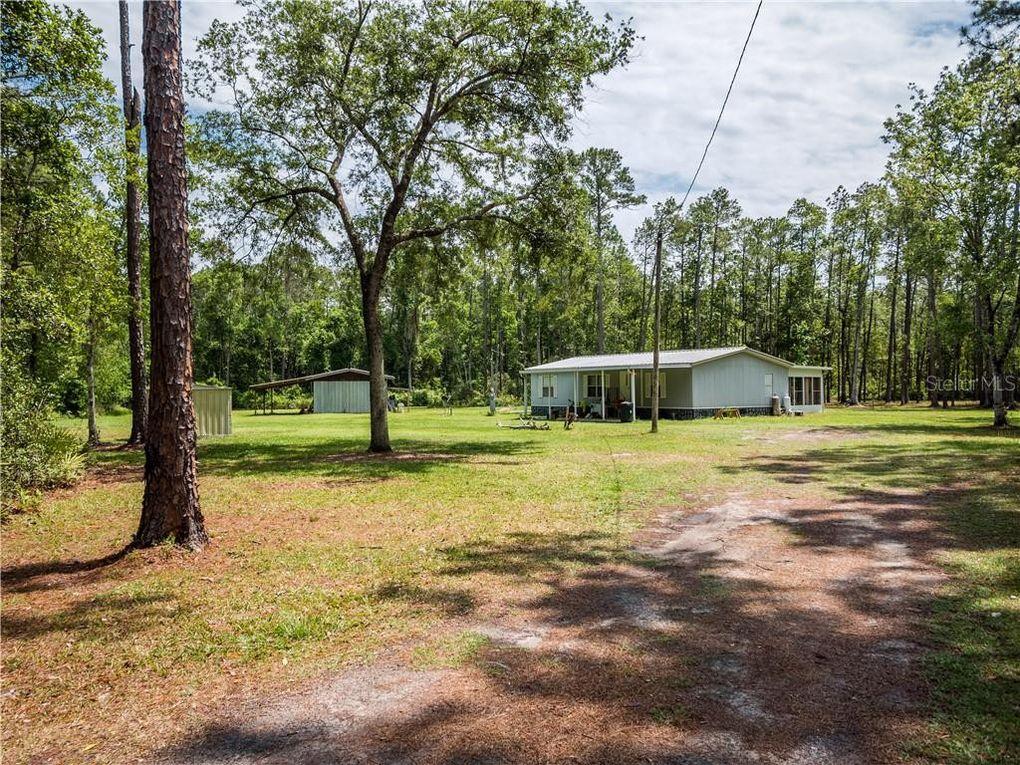 16240 NE 141st Ter Fort McCoy, FL 32134