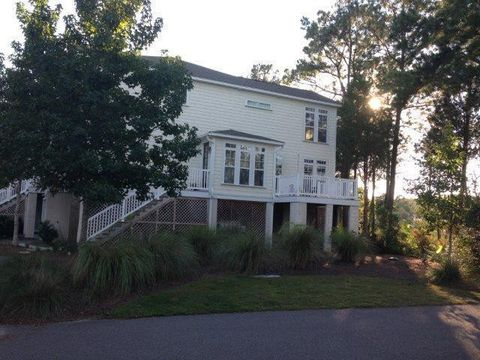 Photo of 603 Merrifield Ct, Mount Pleasant, SC 29466