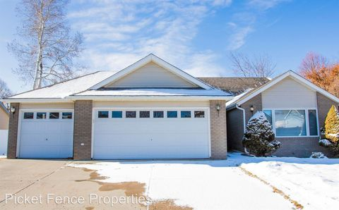 Photo of 240 Mulberry Dr, Windsor, CO 80550