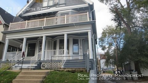 Photo of 721 S 29th St, Milwaukee, WI 53215