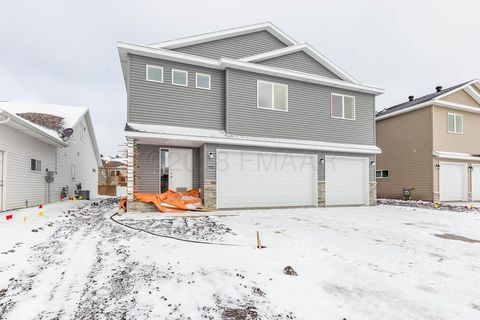 Photo of 902 3rd Ave Ne, Dilworth, MN 56529