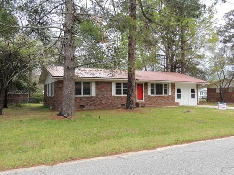 Photo of 704 N Gordon Ave, Adel, GA 31620