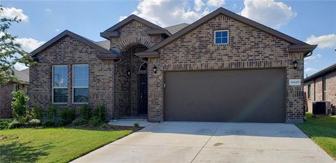 Photo of 11429 Gold Canyon Dr, Fort Worth, TX 76052