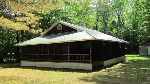 9088 Number Four Rd, Lowville, NY 13367