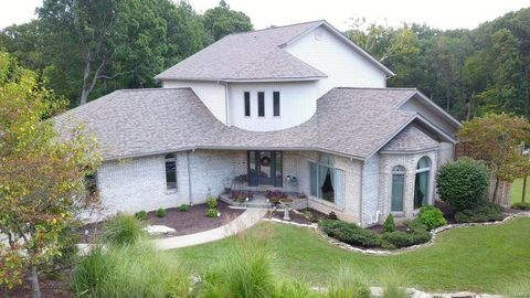 2 Berry Patch Ln, Columbia, IL 62236
