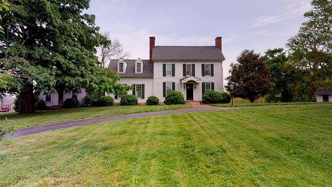 Photo of 5505 Versailles Rd, Lexington, KY 40510