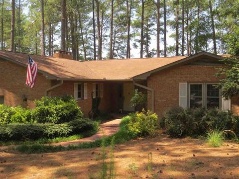 Photo of 93 Lakeview Dr, Whispering Pines, NC 28327