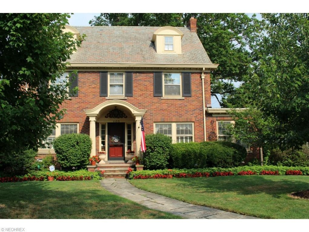 1105 Kenneth Dr Lakewood Oh 44107