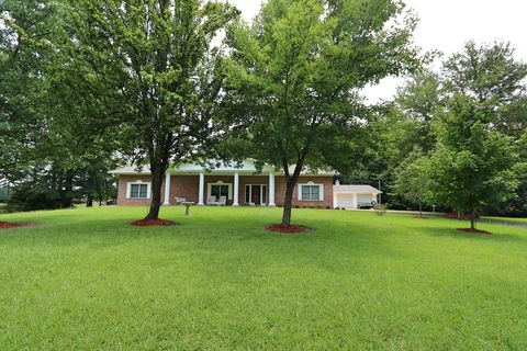 682 Cottonwood Ln, Tupelo, MS 38801