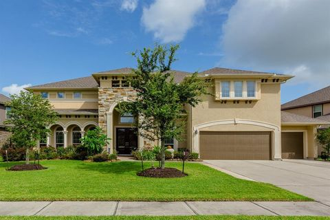 Outstanding Waterfront Homes For Sale In League City Tx Realtor Com Home Interior And Landscaping Ymoonbapapsignezvosmurscom