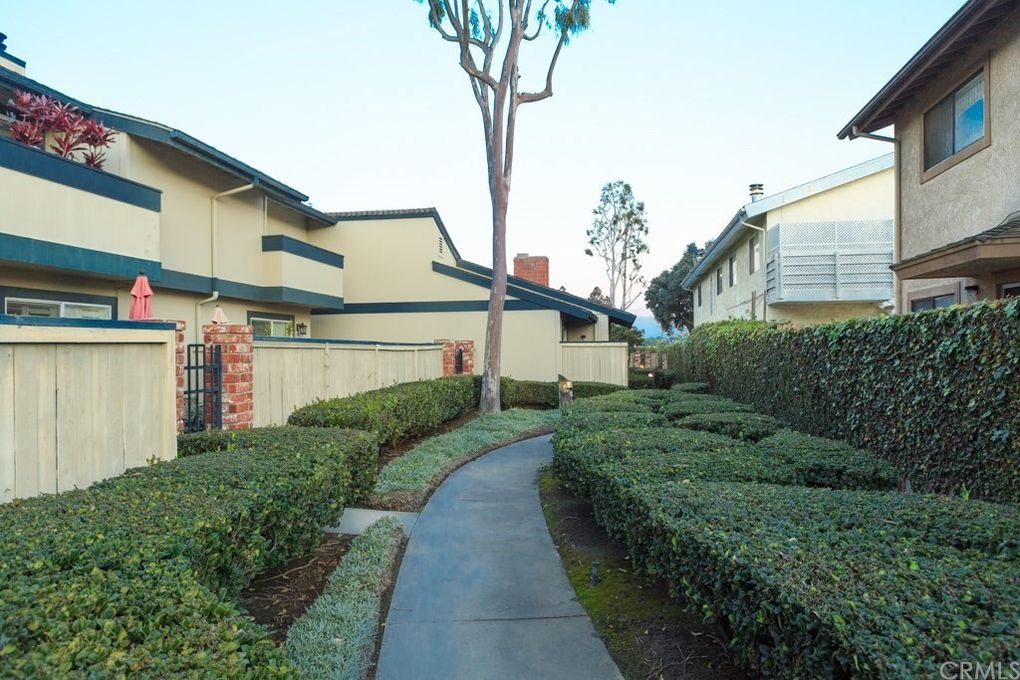 16618 Algonquin St Unit 36 Huntington Beach, CA 92649