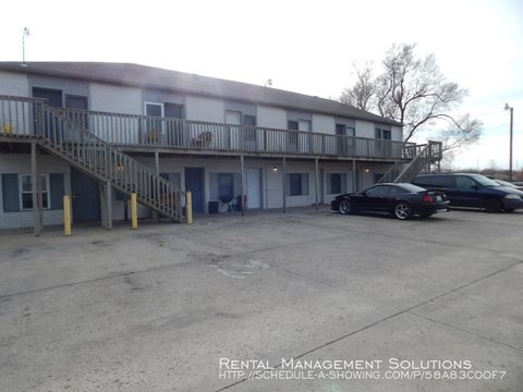 Photo of 2111 Nw Topeka Blvd Apt 11, Topeka, KS 66608