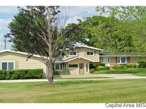 1916 Midway Rd, Murrayville, IL 62668