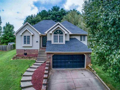 Photo of 2539 Timbers Dr, Henderson, KY 42420