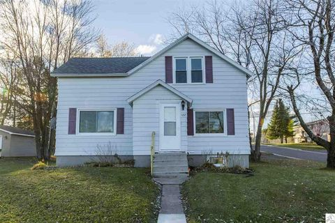 422 Midway Ave, Duluth, MN 55810