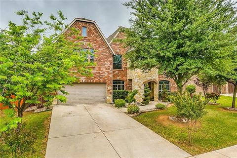 Photo of 1224 Litchfield Ln, Burleson, TX 76028