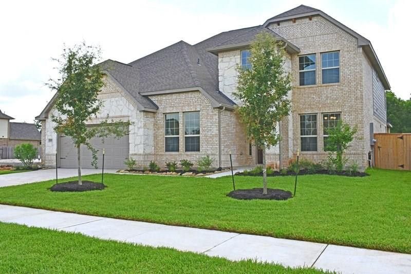 2022 Cranbrook Ridge Ln Sugar Land, TX 77479