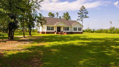 Photo of 3986 County Farm Rd, Blackshear, GA 31516