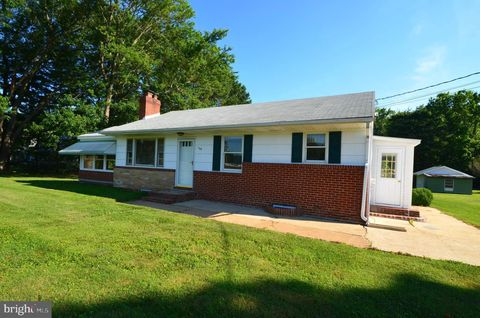 Photo of 726 Shady Oaks Rd, West River, MD 20778
