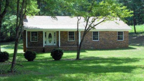 Photo of 934 Gholson Rd, Wylliesburg, VA 23076