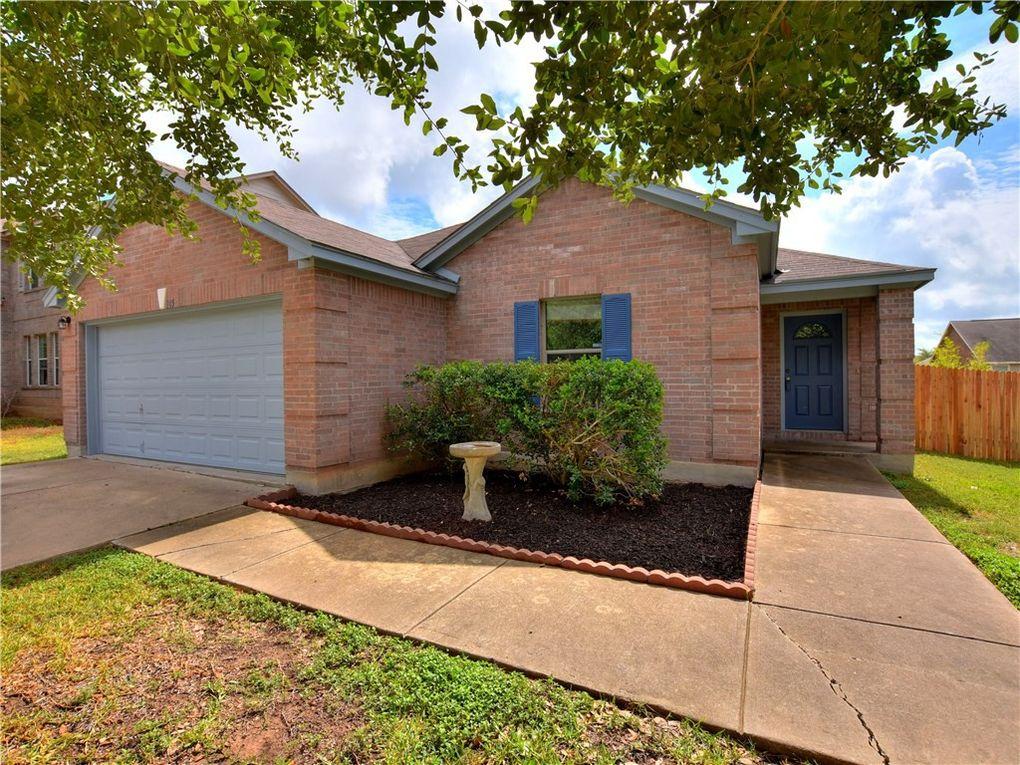 105 Bexar Forest Cv Elgin, TX 78621