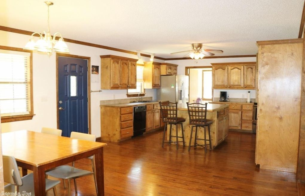 9 Panther Rd, Conway, AR 72032