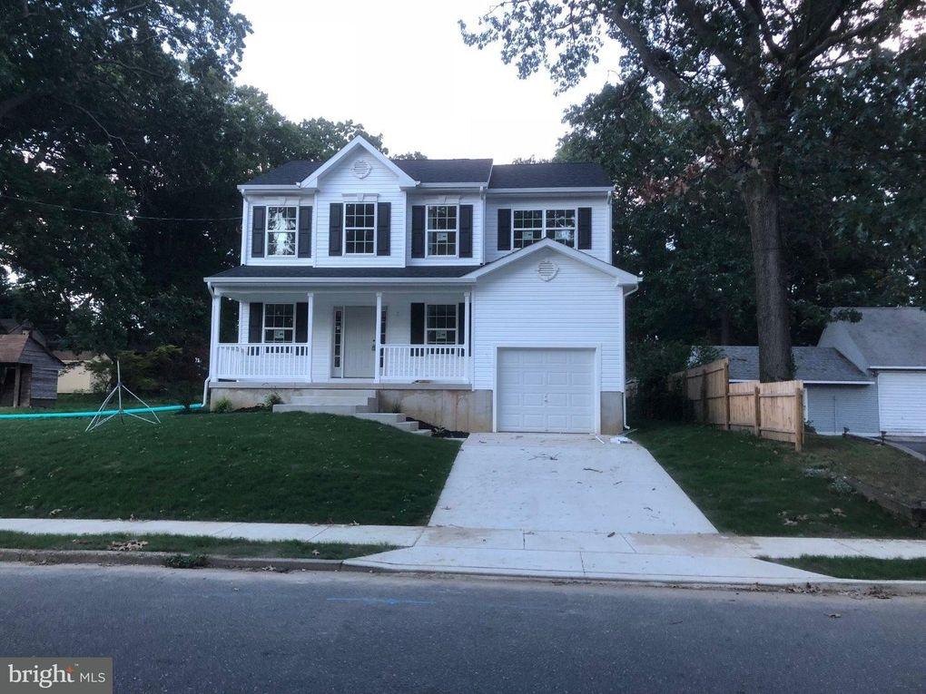 126 Pine Ave, Runnemede, NJ 08078