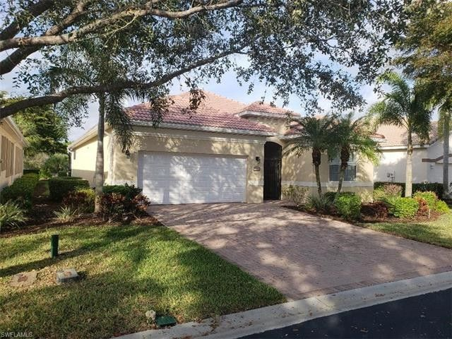 8769 Nottingham Pointe Way Nw, Fort Myers, FL 33912