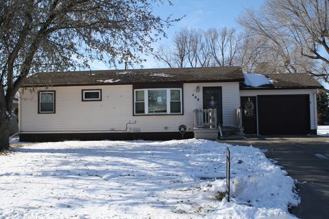 Photo of 408 S Wisconsin Ave, Platte, SD 57369