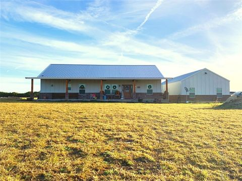 Photo of 121 Paintbrush Ln, Burnet, TX 78611