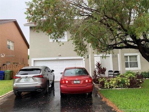 1410 SW 97th Ter, Pembroke Pines, FL 33025