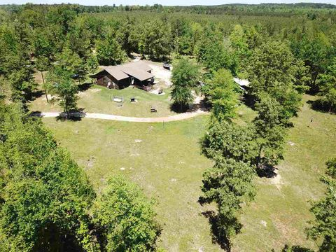 Photo of 1045 County Road 4449, Bivins, TX 75555