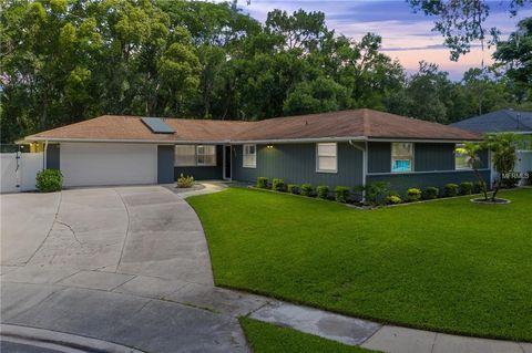 Photo of 677 Hermits Cv, Altamonte Springs, FL 32701