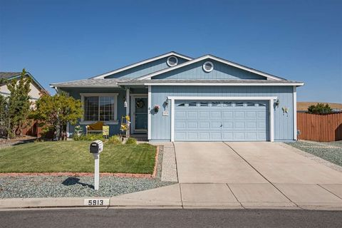 5913 Poinsettia Ct, Sun Valley, NV 89433