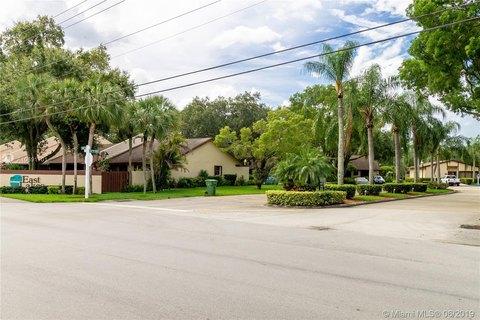 1550 NW 97th Ave, Pembroke Pines, FL 33024