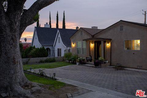 Photo of 1433 E Alameda Ave, Burbank, CA 91501