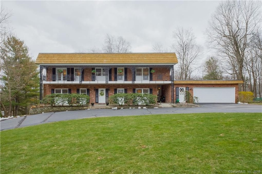 111 Orchard Rd, West Hartford, CT 06117