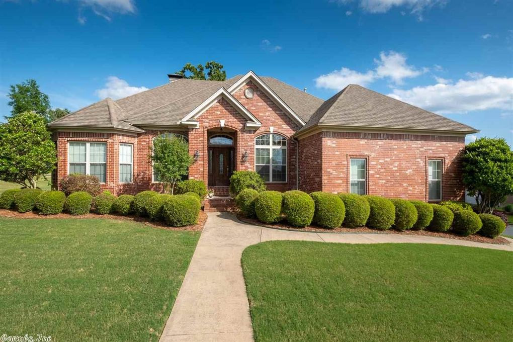 101 Maumelle Valley Dr, Maumelle, AR 72113
