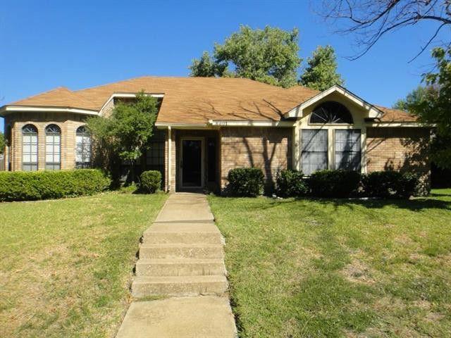 8801 Greentree Dr, Rowlett, TX 75088