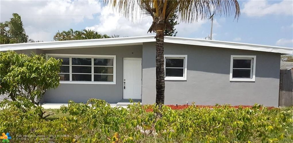 11775 Oleander Dr, Royal Palm Beach, FL 33411